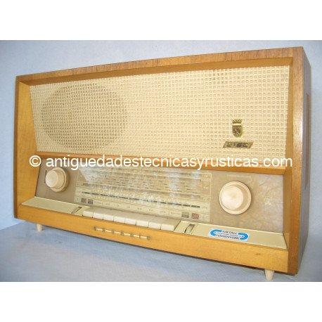 RADIO ANTIGUA GRUNDIG 2168