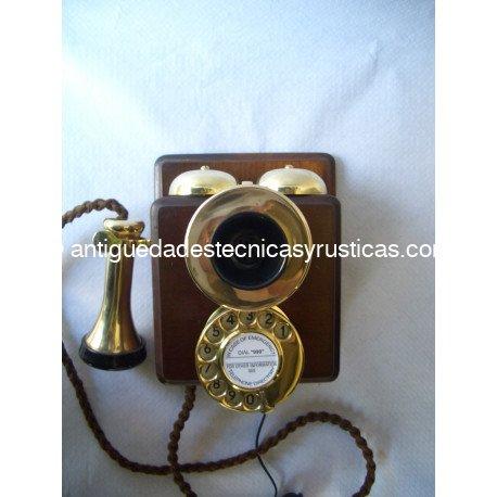 Teléfono antiguo P1915-2
